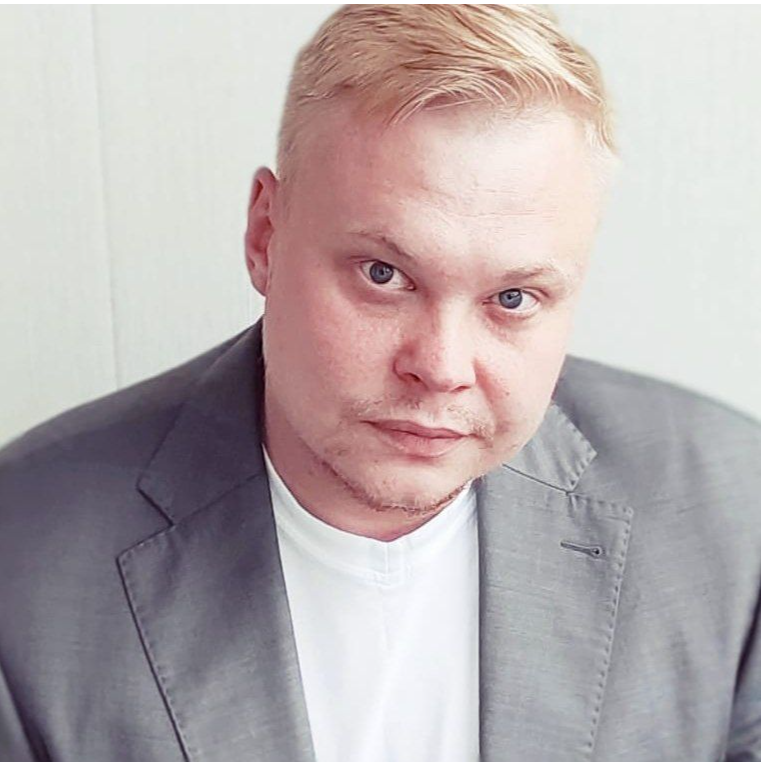 Алексей Петренков